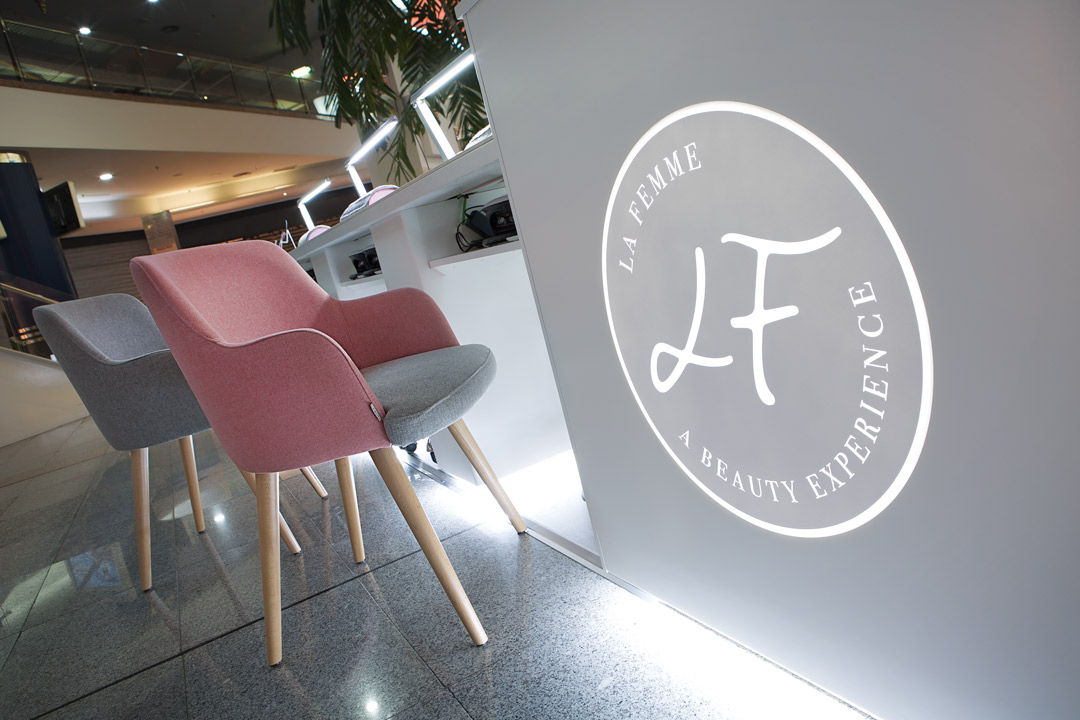 Detalle sillas de La Femme