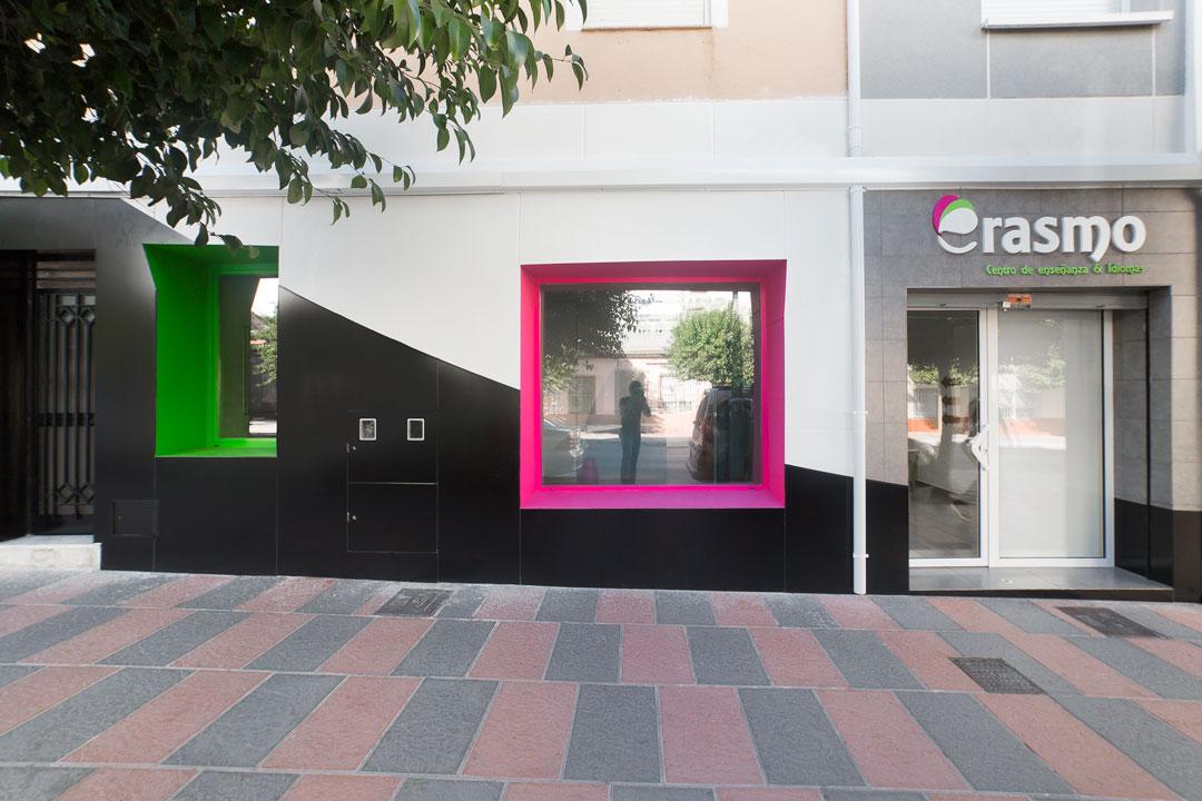 Fachada de las nuevas instalaciones de Erasmo Idiomas.