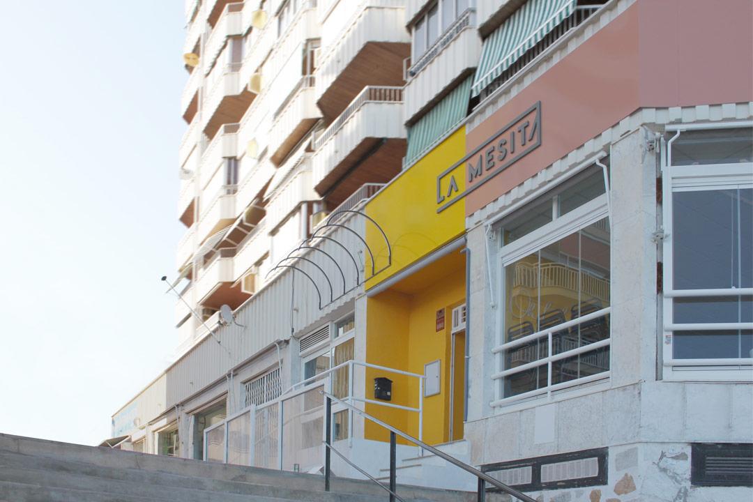 Fachada del Restaurante Pizzería La Mesita de Torrevieja(Alicante)